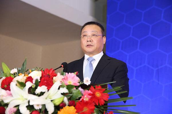 中建八局西北分企业党委书记、董事长段辉乐致辞